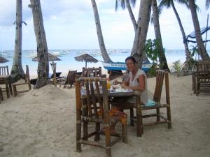 Aan mijn laatste Filippijnse ontbijt